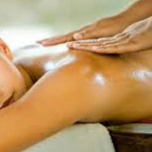 Æterisk olie massage er godt for krop og sind